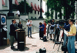 David Godfrey lobbies on the Florida Capitol for sea turtles