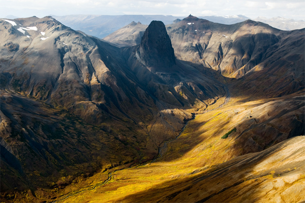 Skeena Mountains ©Paul Colangelo